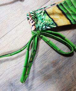 Costum de baie cu slip brazilian si imprimeu Hawaii